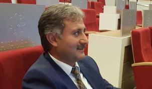Ahmet Özcan'a süpriz plaket haberi
