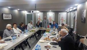 Ahmet Özcan Eşref Bitlis'i unutmadı haberi