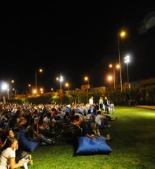 Ataşehir'de Ücretsiz Açık Hava Sinema Keyfi