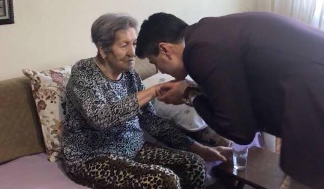 Ahmet Özcan Eşref Bitlis'i unutmadı