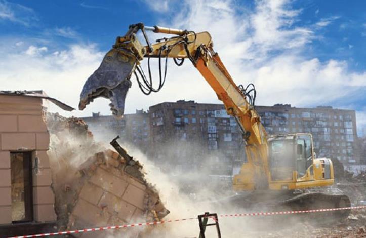 Ataşehir'de kaçak yapılar yıkıldı